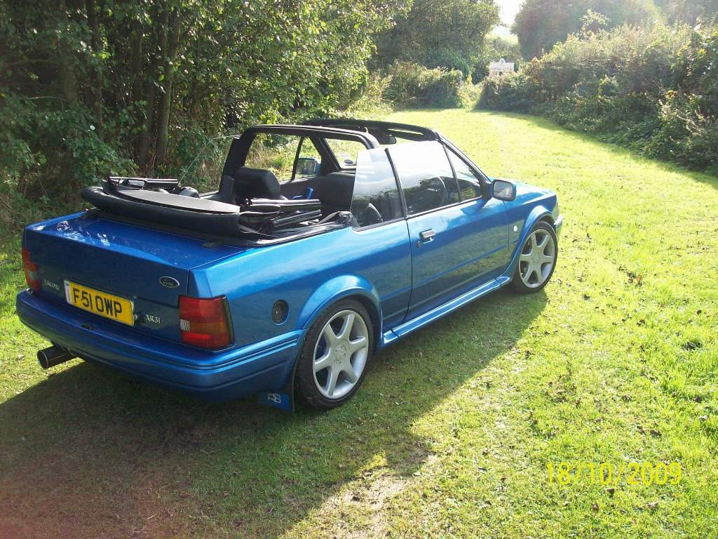 ford escort xr3i rs 1988 garage system escort cabriolet club. Black Bedroom Furniture Sets. Home Design Ideas